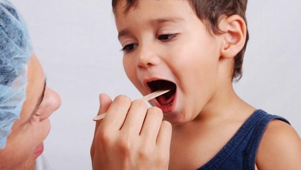 我的孩子一天到晚感冒,到底正不正常?兒科醫師替爸媽們解惑