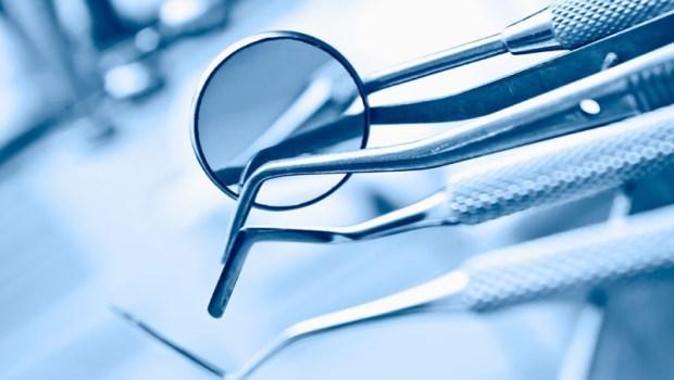 「幹我們這行真爽?」一個牙醫師的慢性自殺日記