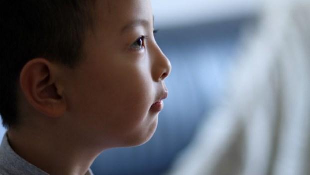 與弟妹年紀差距越少,越常被迫提早長大...心理師說出,家中排行老大們的心聲