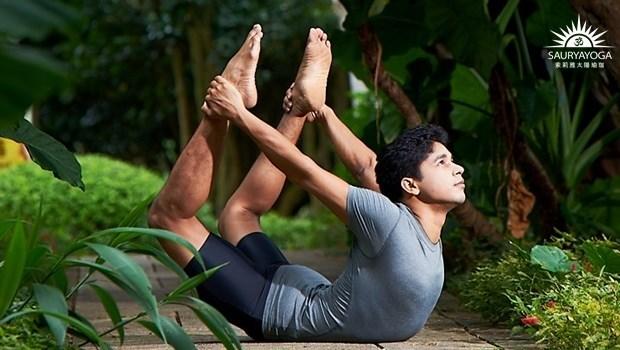 印度瑜珈大師的養肝法:每週一餐輕斷食,搭配一個動作,終結「脂肪肝」!