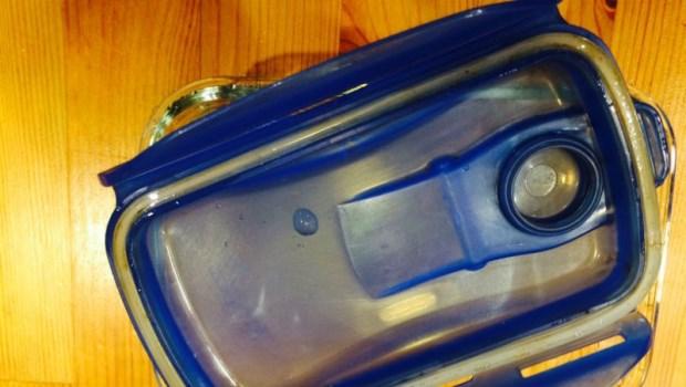 保鮮盒上的膠條發霉了,該怎麼清?專家教你3招徹底除霉、防油污、去異味