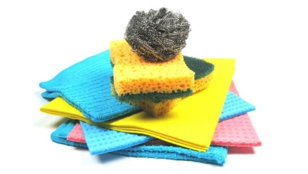 菜瓜布挑選指南:8種類完全收錄,木漿海綿、鋼刷...一定要注意的使用事項