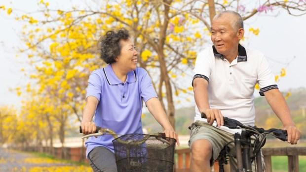 65歲後,人生怎麼過才沒缺憾?葉金川:愛吃什麼就吃!快樂過下半輩子的10方法