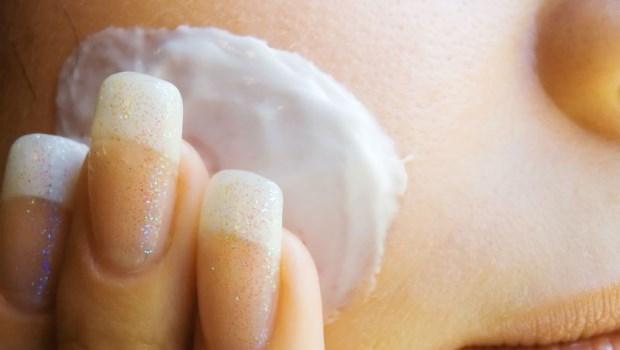 一次搞懂最近超火紅的「素顏霜、美白霜、無瑕霜」:到底是化妝品還是保養品?