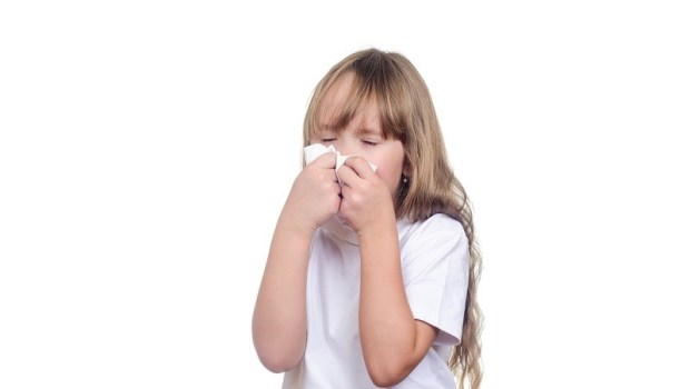 一到下雨天就特別容易過敏?免吃藥,兒科醫師傳授5招自救