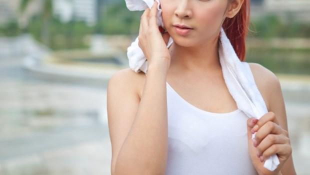 排濕氣最好的方式就是流汗!女中醫自己也在做的5種運動,修復體內「除濕機」