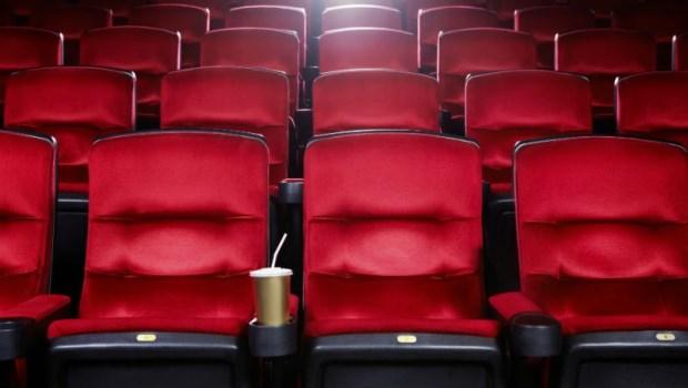 為什麼電影院的椅子都是紅色的?這隱含著什麼秘密嗎~