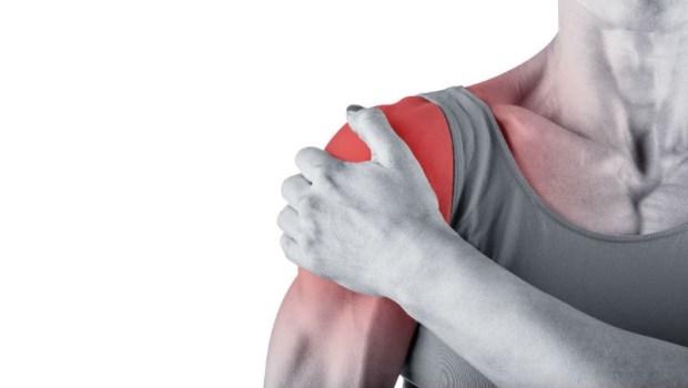 人體14條經絡,6條交匯在這...多按揉肩膀上的「聚寶盆」 ,2分鐘化解50肩