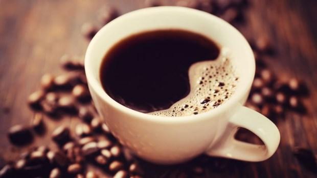 一天3杯咖啡,讓脂肪往腹部囤積!8個NG習慣,小心讓你越吃越胖