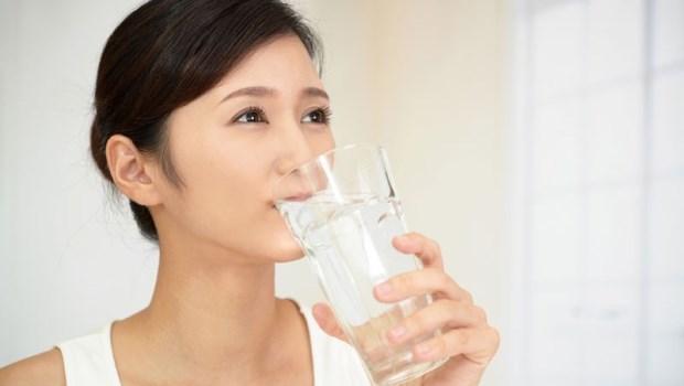 肥胖就是體寒徵兆!日本女醫:飯前一小時喝●●水,促血液循環自然就會瘦