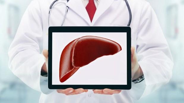 腿痠竟是肝癌前兆!中醫師:女生經期有這個症狀,肝血虛易傷身