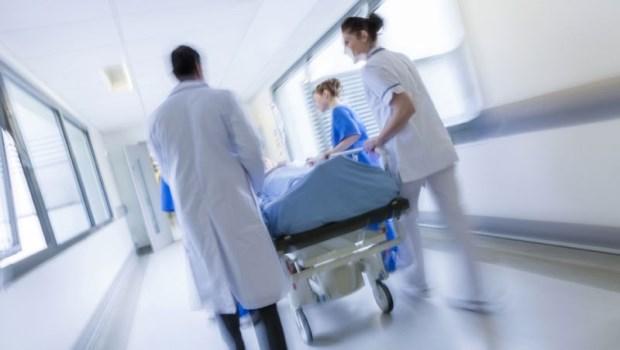 氧氣中斷3分鐘,病人就有生命危險!醫院停電怎麼辦?前台大副院長告訴你「醫院用電秘辛」
