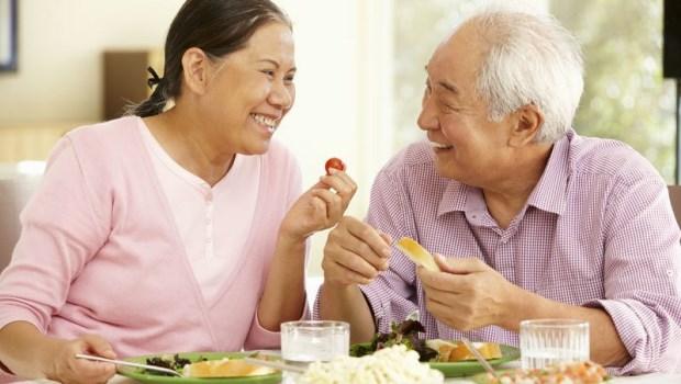 罹癌後,只要正常吃就好?錯!腫瘤科醫師教你「癌後養生術」,別讓身體變癌細胞的沃土