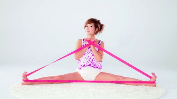 韓國美魔女鄭多燕,50歲辣體回歸!用「一條繩」練這六動作,一個月腰瘦15cm