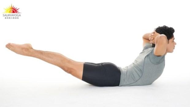 這個動作,瑜珈大師自己天天都在做!只要3分鐘,強化骨盆、平衡內分泌,把體內廢物排光光