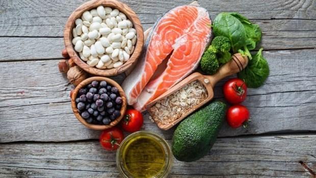 「生酮飲食」是害命療法?營養博士揭開:你不知道「生酮飲食」對身體的7大危害