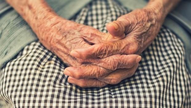 老人不願意談論死亡?22年經歷的安寧醫師:其實這是你的偏見