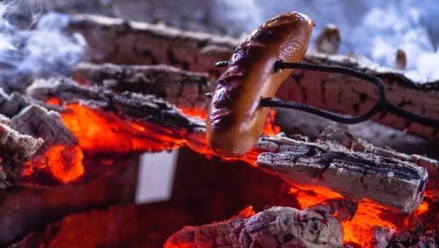 香腸、火腿、熱狗與香菸風險一樣高!譚敦慈:多吃兩種水果,減少致癌物毒害你