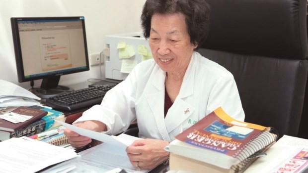 每天晚餐一定要有肉!85歲癌症權威,彭汪嘉康院士的4個養生處方箋