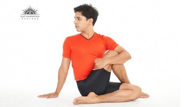 一天上廁所●次就是頻尿!印度瑜珈大師:跪著下腰,3招打造強壯的骨盆底肌