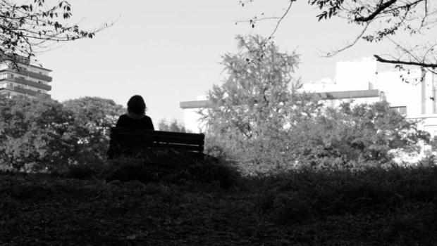 「隔離病房是無法讓人回歸社會的...」2年住院4次...22歲女大學生:我住在精神病院的那段日子