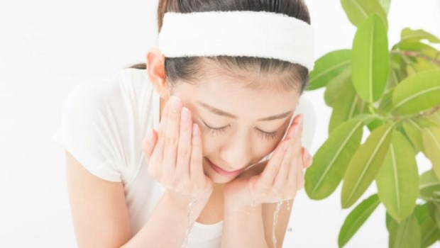 冬天怎麼保養敏感肌?皮膚科醫師:敏感只是一種狀態,做好「8件事」避免乾燥發癢