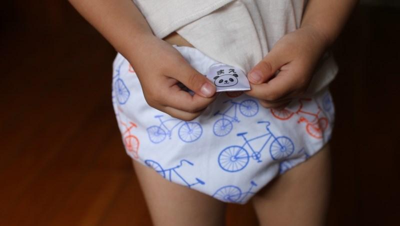 「羞羞臉!這麼大了還用尿布」兒科醫師:戒尿布時,爸媽最常做的3種NG行為