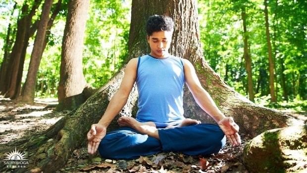印度瑜珈冠軍:每天靜坐3分鐘,給自己一段「空白時間」,減輕焦慮、加強專注力