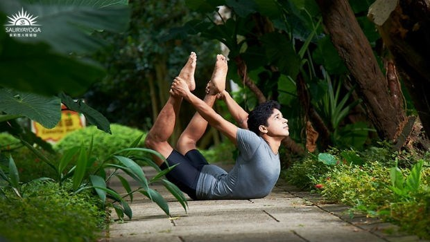 年假後胖一圈?印度瑜珈大師:甩油瘦身,最快速有效的動作是這個...還能避免復胖!