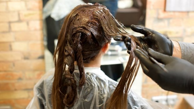 頭髮本來就是「白色」 專家:8招讓你常保黑髮