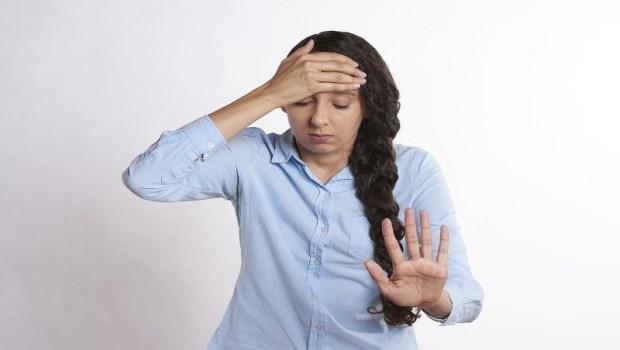 上班壓力大、煩躁到快窒息,是恐慌發作還過度換氣?精神科醫師教你如何「自我檢測」