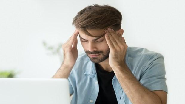 今天熬夜不睡,明天再補眠就好?美國研究告訴你:缺乏睡眠會「毒害你的腦」