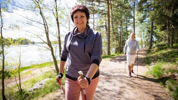 五十肩、關節炎...40歲後該做什麼運動?復健科醫師用一張表,對症推薦