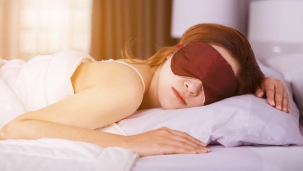3C、強光,讓自己罹患嚴重乾眼症...眼科醫師經驗談:熱敷眼睛最好不要用「這一種」