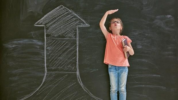 每年長高少於4公分,就是生長遲緩!聯合醫院中醫師:給「轉大人階段」孩子的2種轉骨方