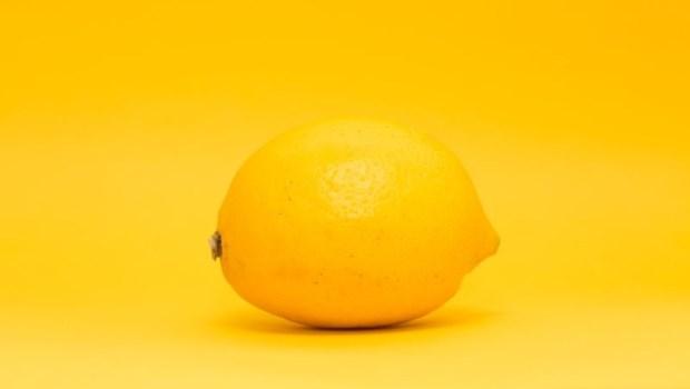 柳丁、檸檬都追不上!原來補充「維生素C」,最好的水果是它