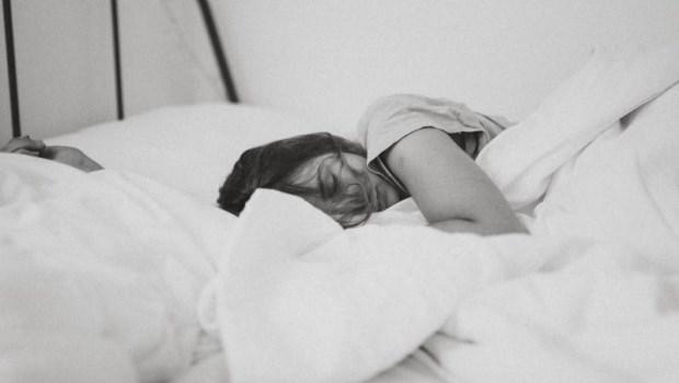 為什麼睡了8個小時還覺得累?醫師:關於睡眠,一個常見錯誤觀念
