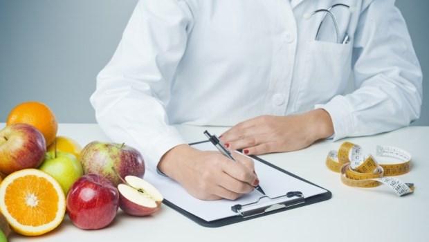 癌症治療機構任職超過10年...營養師觀察:病人在癌症飲食上常見的7個迷思