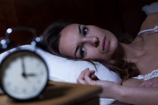 年紀輕輕就失眠...精神科醫師:不想吃一輩子安眠藥,先檢測你是否屬於「這種體質」