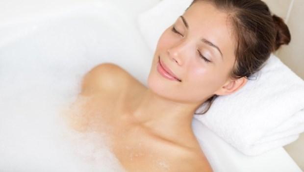 高血壓是心臟病的第一誘因!天冷泡澡完最要小心,心臟內科醫師:生活中控血壓9重點