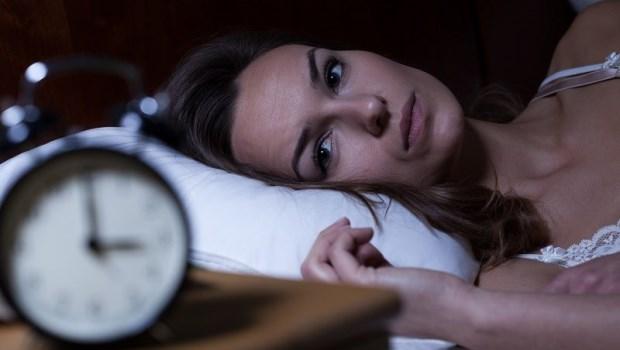 坐車回家的路上補眠,是最糟糕的做法!學24位日本名醫推薦的「4611」睡眠法,擺脫失眠人生