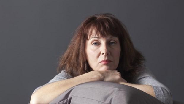 焦慮、盜汗、熱潮紅...改善更年期症候群,不一定靠「藥」醫!營養學博士教你這樣吃改善
