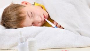 「孩子發燒了,到底要不要看醫生?」6種孩子緊急狀況,兒童專科醫師告訴你該不該就醫