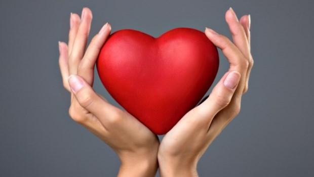 心臟病猝死好發於早上!冬天養心秘訣:睡前多做一件事,降低心臟負擔