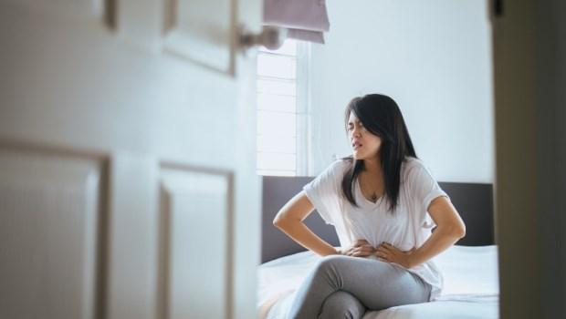 脹氣、火燒心、浮油便便...你的消化問題可能出在「小腸菌叢」!醫師教你2招改善