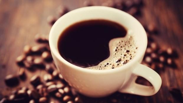 喝咖啡可以降低癌症風險?沒你想的那麼簡單!乳癌名醫張金堅用兩張圖告訴你真相是...
