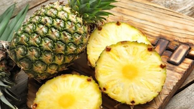鳳梨酵素能控發炎、助消化!胃腸肝膽科醫師:多吃這4種水果,對抗慢性發炎