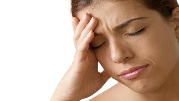 你有頭痛、暈眩、睡眠呼吸中止症的問題?一個簡易動作,舒緩惱人症狀