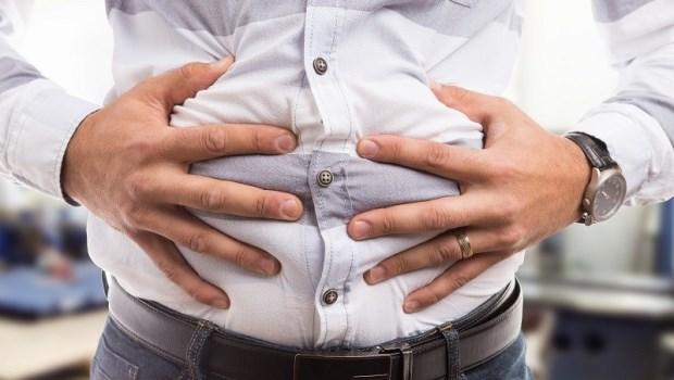「幾乎每一位鮪魚肚病人都愛吃水果...」醫師:拒絕2種飲食,避免脂肪儲存
