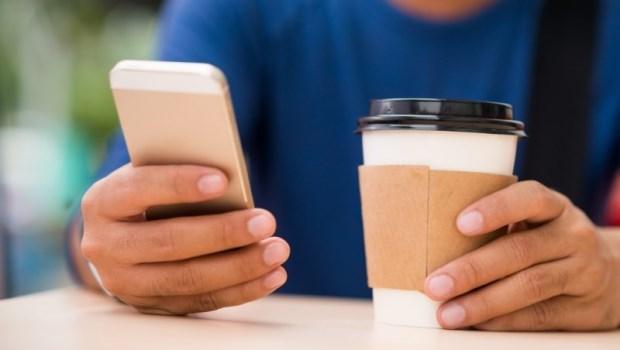 用紙杯裝熱咖啡,可能害你變胖!醫師教你:遠離環境賀爾蒙毒物的全攻略